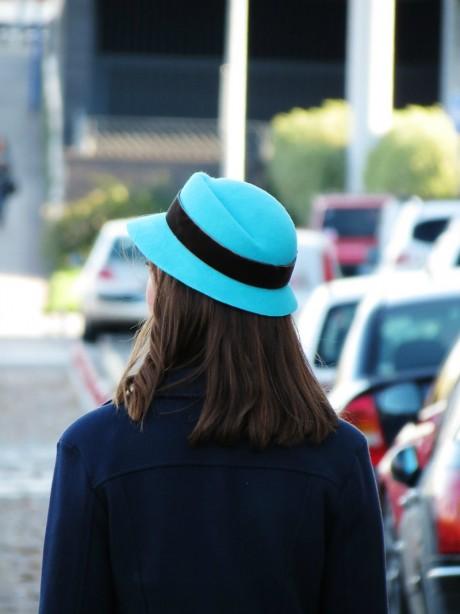Sombrero-azul-turquesa