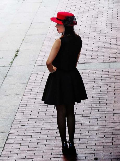 sombrero-fieltro-rojo-boda